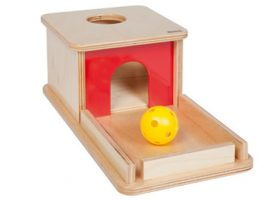 Object permanence box with tray 041100