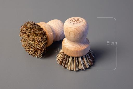 Hard scrubbing brush by rudecker