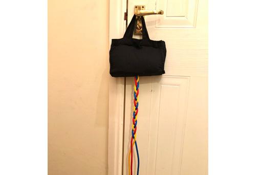Plaiting bag for vertical plaiting